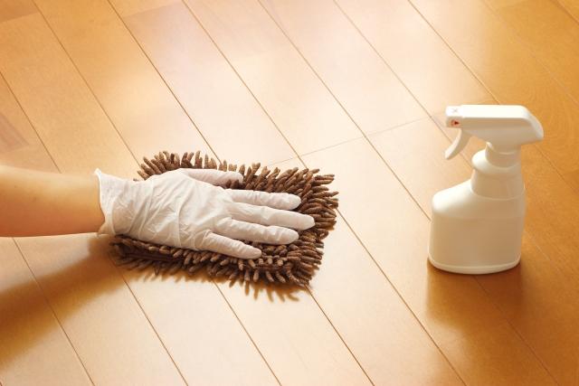 フローリング掃除方法は「汚れレベル」によって違う