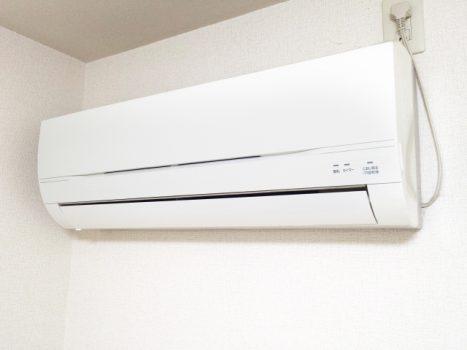 エアコンクリーニングはいいことだらけ!お掃除方法や費用を徹底解説