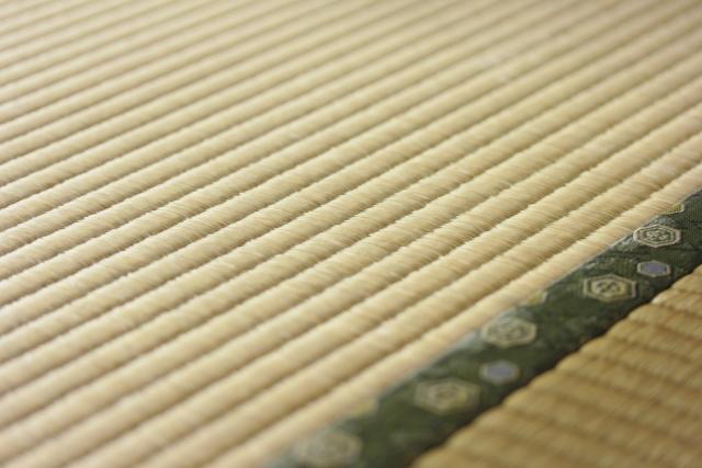 畳にシミがついたときの応急処置!【原因別】シミ抜き作業の手順とコツ