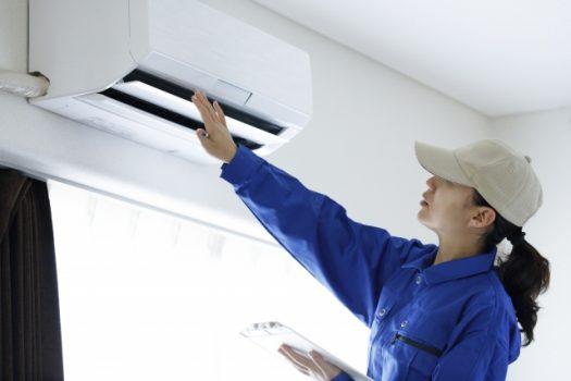 業務用エアコンの掃除方法!電気代にも響くクリーニングのススメ