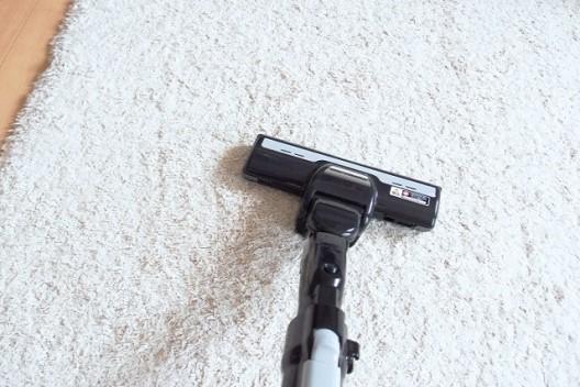 カーペットの汚れを防ぐ普段のお手入れ方法
